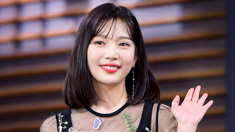 """Red Velvet's Joy Shares Why She Decided To Star In """"Tempted"""" And Thoughts On Young Love"""