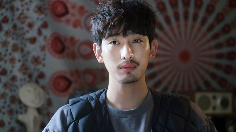 """Yoon Park Is A Handsome Contender For Kim So Hyun's Heart In """"Radio Romance"""""""