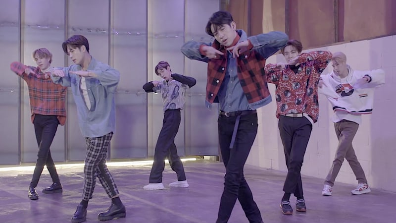 "Watch: GOT7 Performs Medley Of Title Tracks Including Upcoming Song ""Look"""