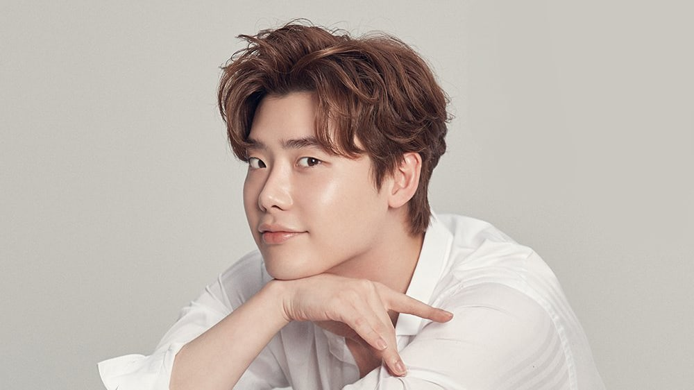YG Entertainment Responds To Reports Of Lee Jong Suk's Contract Ending