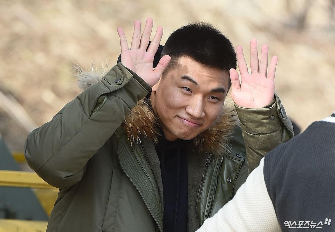 "BIGBANG >> Álbum ""MADE"" Serie ""E"" - Página 7 Daesung-XPN-2"