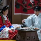 """Ryu Hyoyoung And Joo Sang Wook Share A Tense Wedding Night Together In """"Grand Prince"""""""