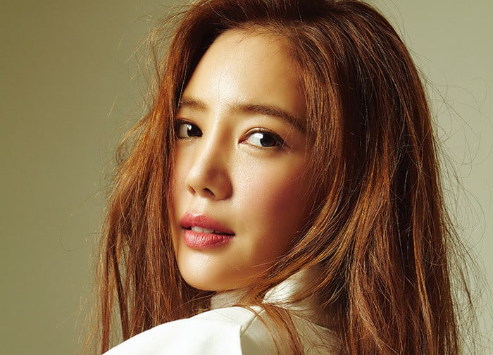 lee tae im writes post hinting at retirement from entertainment