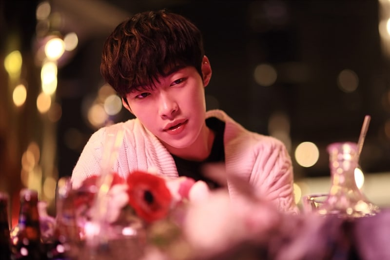 """Woo Do Hwan Opens Up About His """"Tempted"""" Character, Main Cast's Strong Bond, And More"""