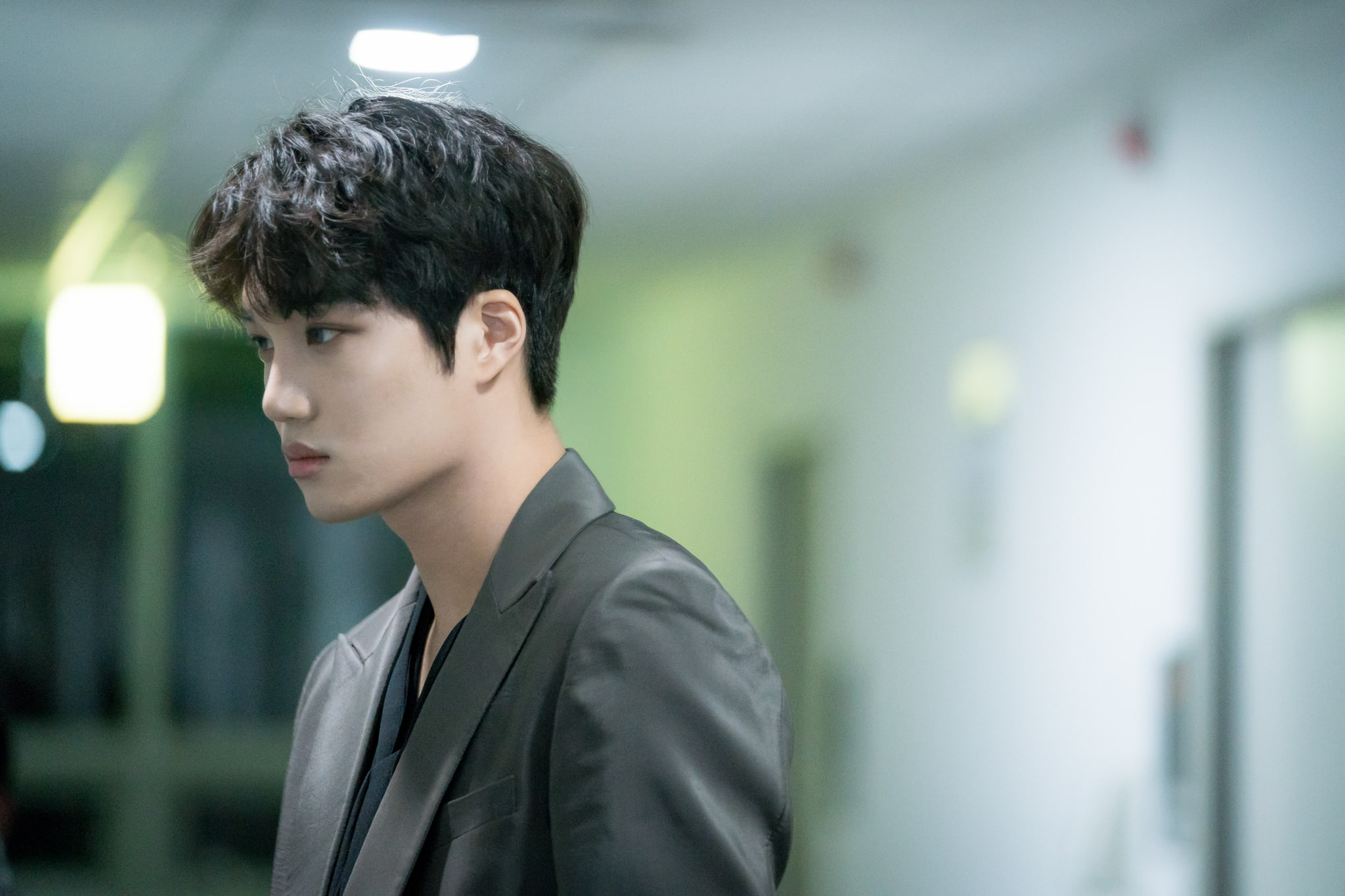 Kai Exo >> EXO's Kai Becomes Lost In Thought As He Watches Over