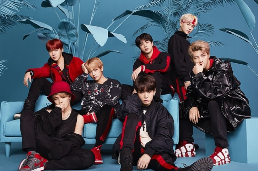 "BTS Tops Oricon Weekly Album Chart With ""Face Yourself"""