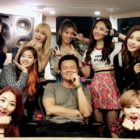 TWICE Says They're Amazed By Park Jin Young's Ability To Write Lyrics From Girls' Perspective