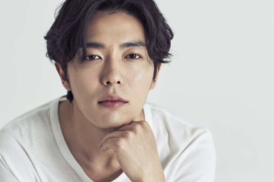 """Kim Jae Wook Considering Offer To Lead New OCN Drama By """"Voice"""" PD"""