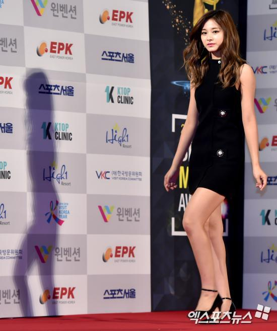 Proportions Are Well Known People Mistakenly Believe She Is Cute And Small Due To Her Adorable Face In Fact She Is 5 Feet And Cm Tall