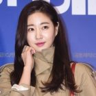 Kim Sa Rang Discharged From Hospital After Injury Last Month