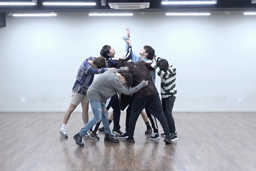 """Watch: BTS Drops Stunning Dance Practice Video For """"Fake Love"""""""