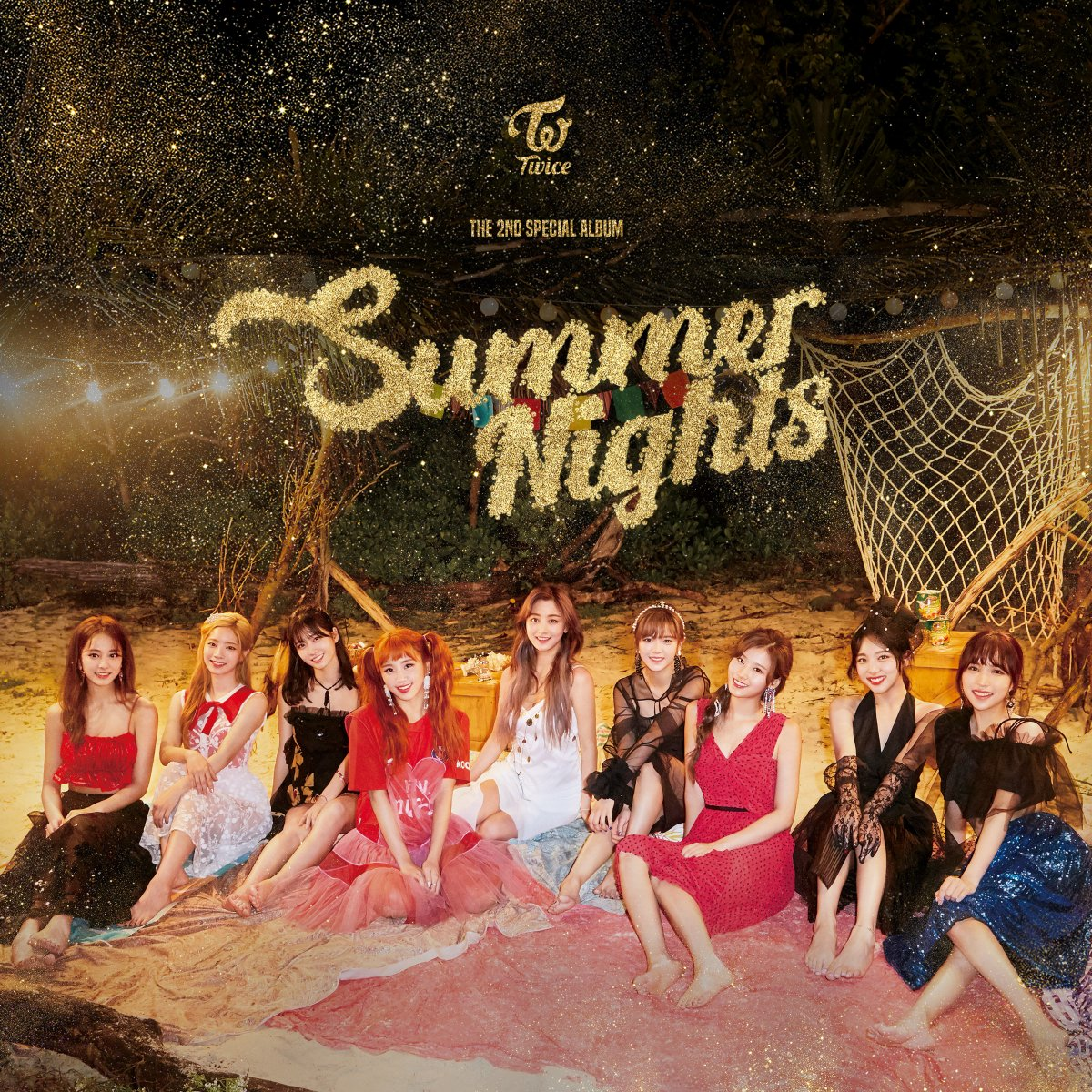 Twice kembali merilis album spesialnya yang bertajuk Summer Nights dengan lagu utama Dance The Night Away (dok. JYP Entertainment)