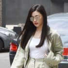 Jun Ji Hyun Is The Picture Of Chic Charisma At First Official Event Since Giving Birth