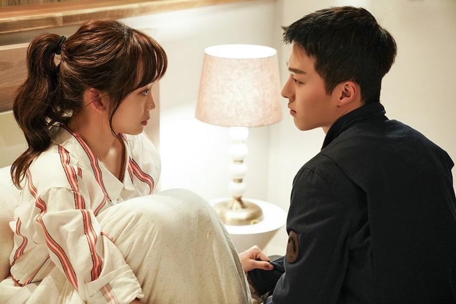https://0.soompi.io/wp-content/uploads/2018/06/13164436/Jin-Ki-Joo-Jang-Ki-Yong1.jpg