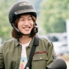 Watch: Lee Kwang Soo Promotes His New Film With Adorable Confidence