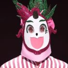 "Hip Hop Group Vocalist-Turned-Trot Singer Wows On ""The King Of Mask Singer"""