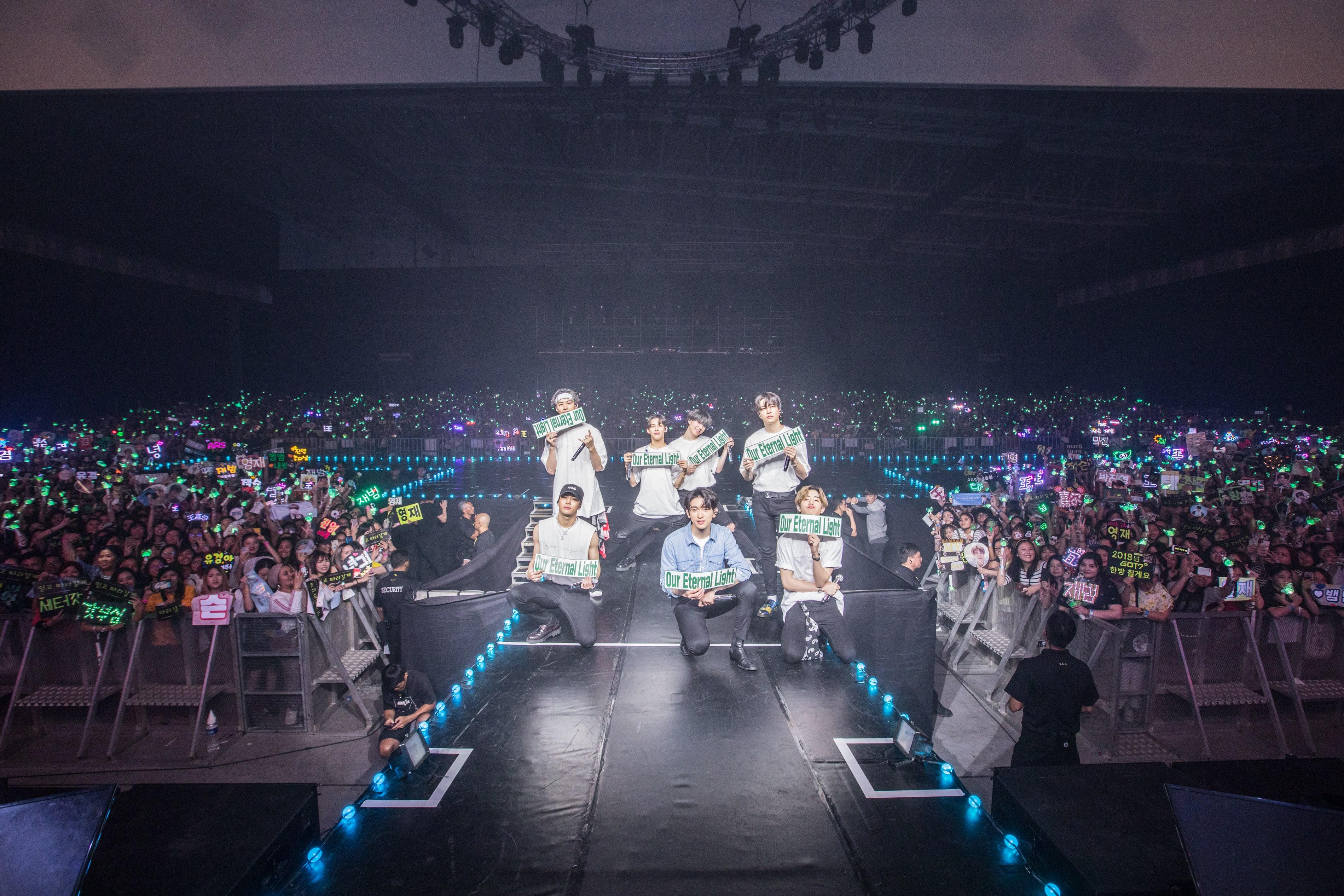 GOT7-Eyes-On-You-World-Tour-Singapore-6.