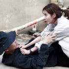 "Kim Jung Hyun And Seohyun Get Into A Violent Fight (But On The Same Side) In ""Time"""