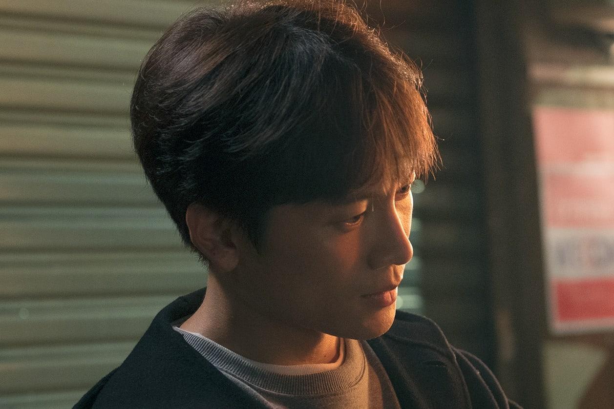 Nụ hôn đầu tiên của Ji Sung - Han Ji Min lên sóng nhưng fan lại gọi hồn Lee Bo Young - Ảnh 3.