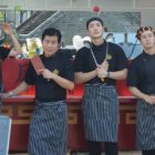 """4 Wheeled Restaurant"" Cast Achieves Great Success Selling Black Bean Noodles In China"