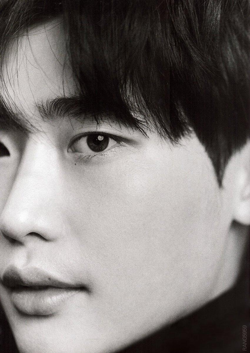 Lee Jong Suk tiết lộ nguyên do quyết định thử sức dòng phim