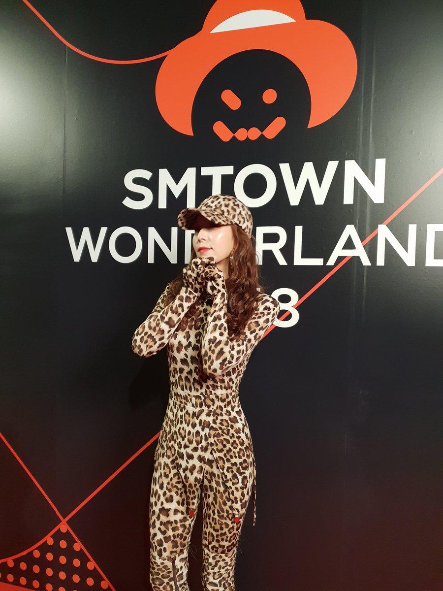 Parade Kostum Halloween Artis-artis SMTOWN, Mana Favorit Kamu?