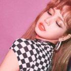 BLACKPINK's Lisa Sets Up Her Own YouTube Channel
