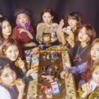 TWICE Achieves Quadruple Crown On Gaon Weekly Charts