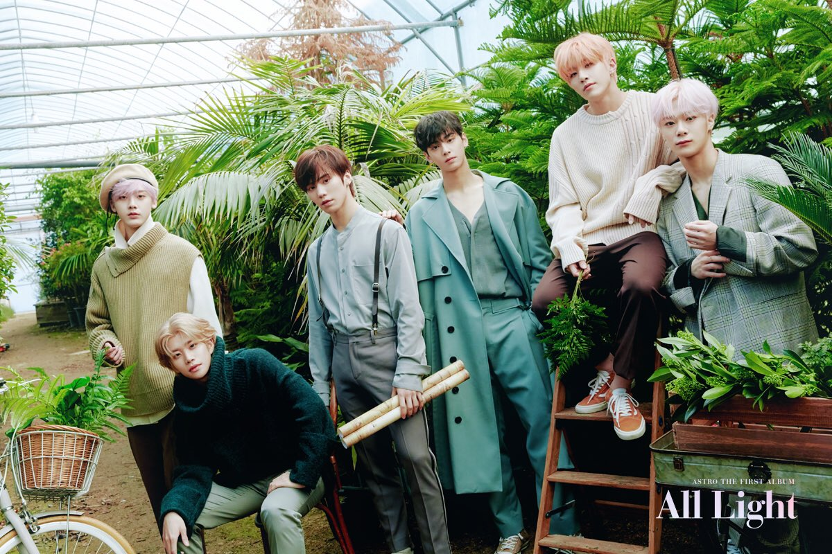 "ASTRO >> mini-álbum ""Autumn Story"" - Página 3 Astro-group-2"