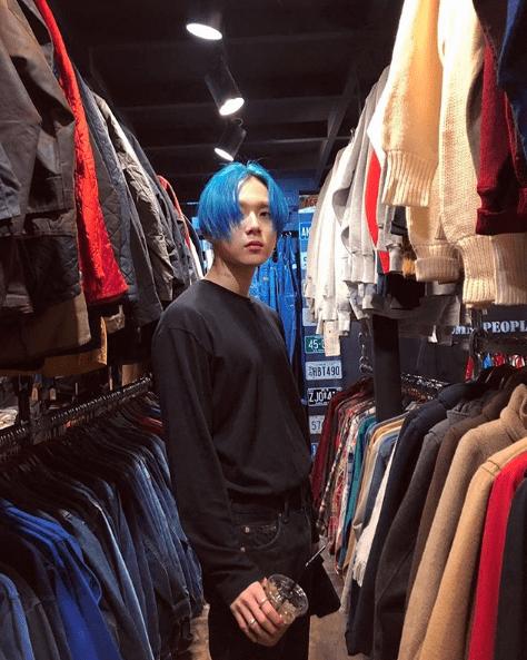 Peinados icónicos de ídolos K-Pop para inspirar tu próxima visita a la peluquería 99