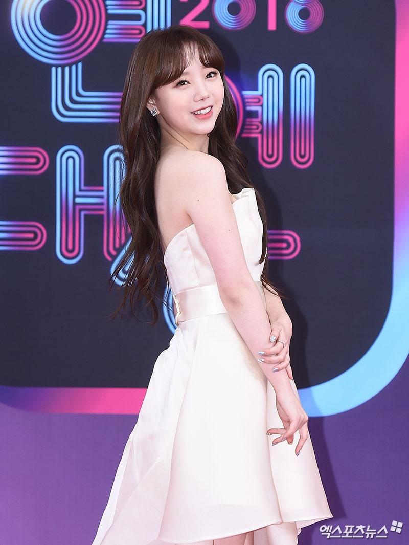 Minhwan And Yulhee Aoa S Seolhyun The Return Of