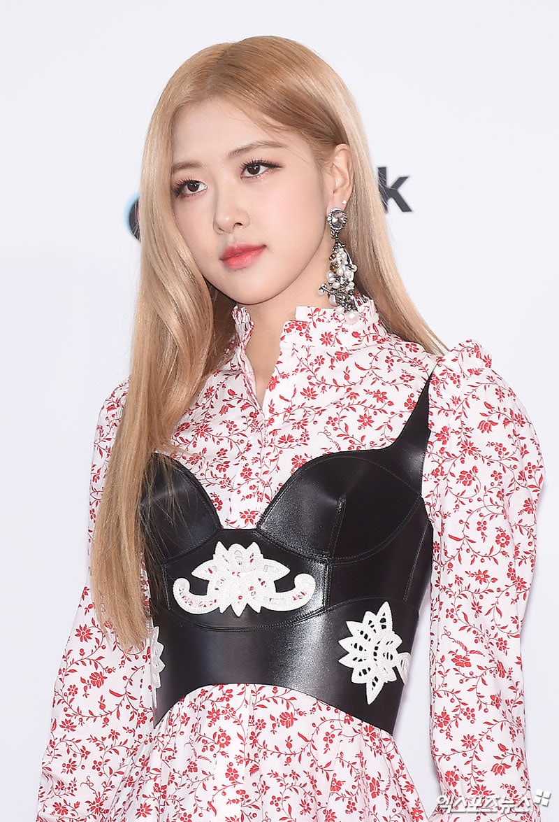 BLACKPINK Becomes Topic Of The Town For Prices Of Their 2018 SBS ... 98d313aba