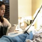 "Lee Min Jung Sheds Distraught Tears By Cha Soo Yeon's Bedside In ""Fates And Furies"""