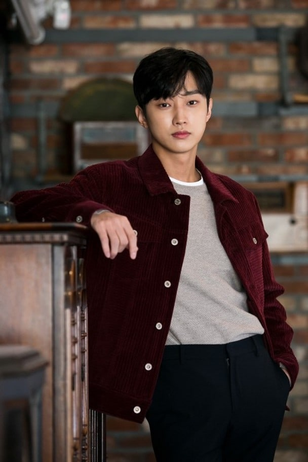 Jinyoung21.jpg