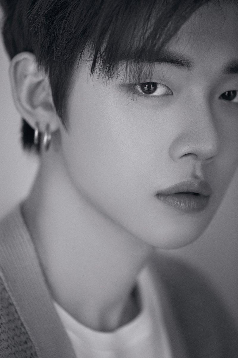 Yeonjun, member pertama TXT. Boyband adik dari BTS.