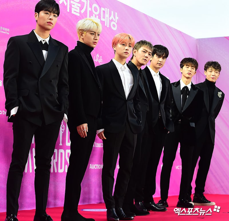 iKON berhasil mendapatkan dua piala dan salah satunya ialah Best Song dengan lagu Love Scenario (dok. Xsportsnews)