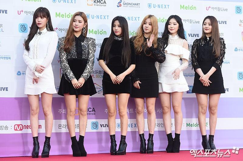 Stars Shine On The Red Carpet At The 8th Gaon Chart Music Awards Soompi