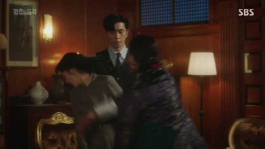 """7 Super Savage Moments From """"The Last Empress"""" Episodes 35"""