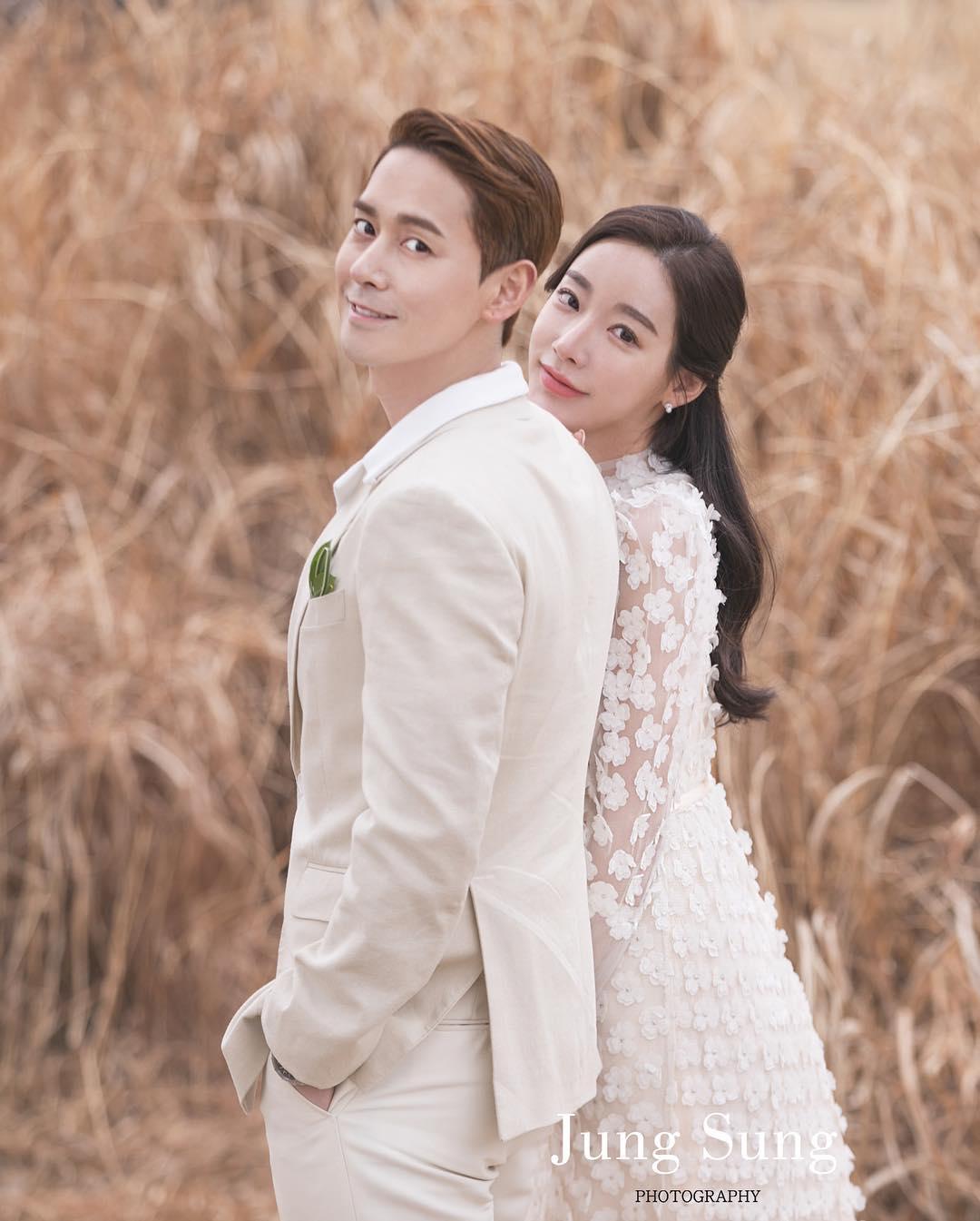 Click-B's Kim Sang Hyuk Marries Online Shopping Mall CEO