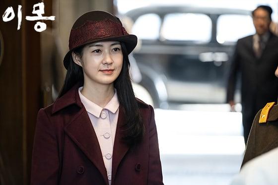 Lee-Yo-Won.jpg