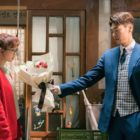 "Kim Young Kwang Surprises Jin Ki Joo With Flowers In ""The Secret Life Of My Secretary"""