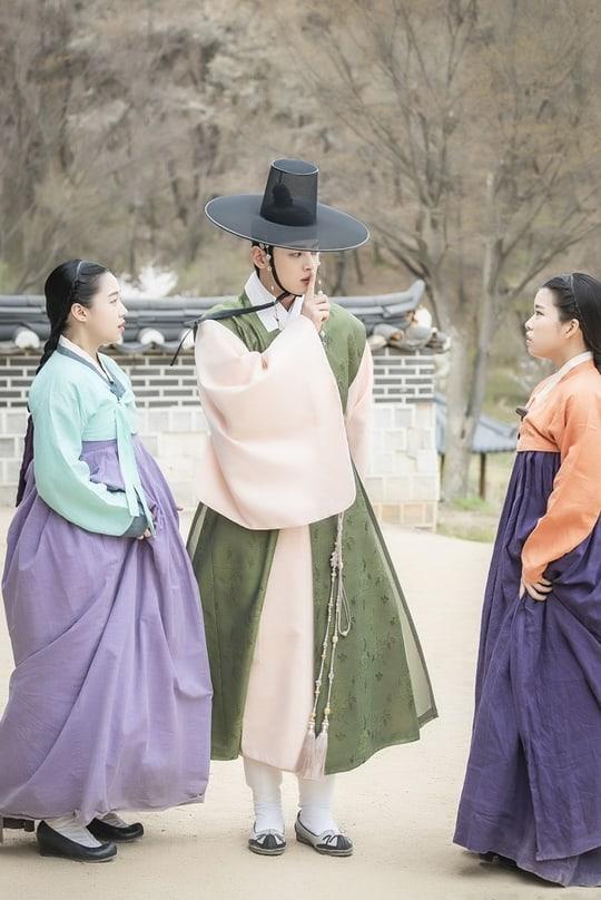 Cha-Eun-Woo-4.jpg