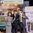 "Kim Soo Hyun Surprises IU And Yeo Jin Goo On Set Of ""Hotel Del Luna"""