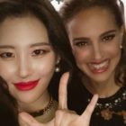 Sunmi Shares Snapshot With Natalie Portman