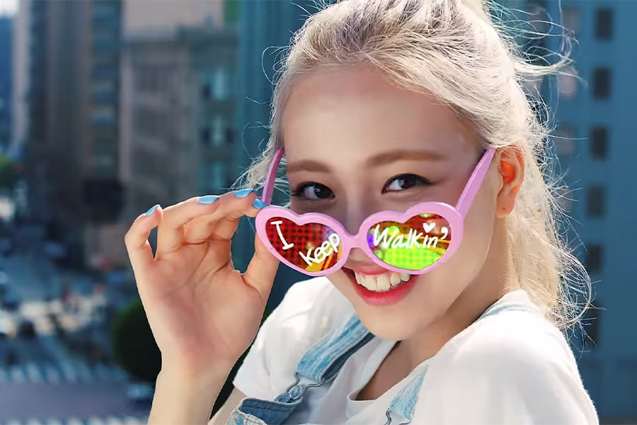 8 Looks That Itzy Totally Slayed In Their Icy Mv Korea Li
