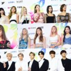 Stars Walk The Blue Carpet At Day 1 Of 2019 Soribada Best K-Music Awards
