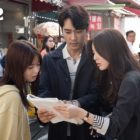 "Song Seung Heon, Lee Sun Bin, And Noh Jung Ui Are Hard At Work Behind The Scenes Of ""The Great Show"""
