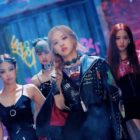 "BLACKPINK's ""Kill This Love"" Sets Record For Fastest K-Pop Group MV To Hit 600 Million Views"