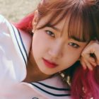 Weki Meki's Choi Yoojung To Take Hiatus Due To Health Issues
