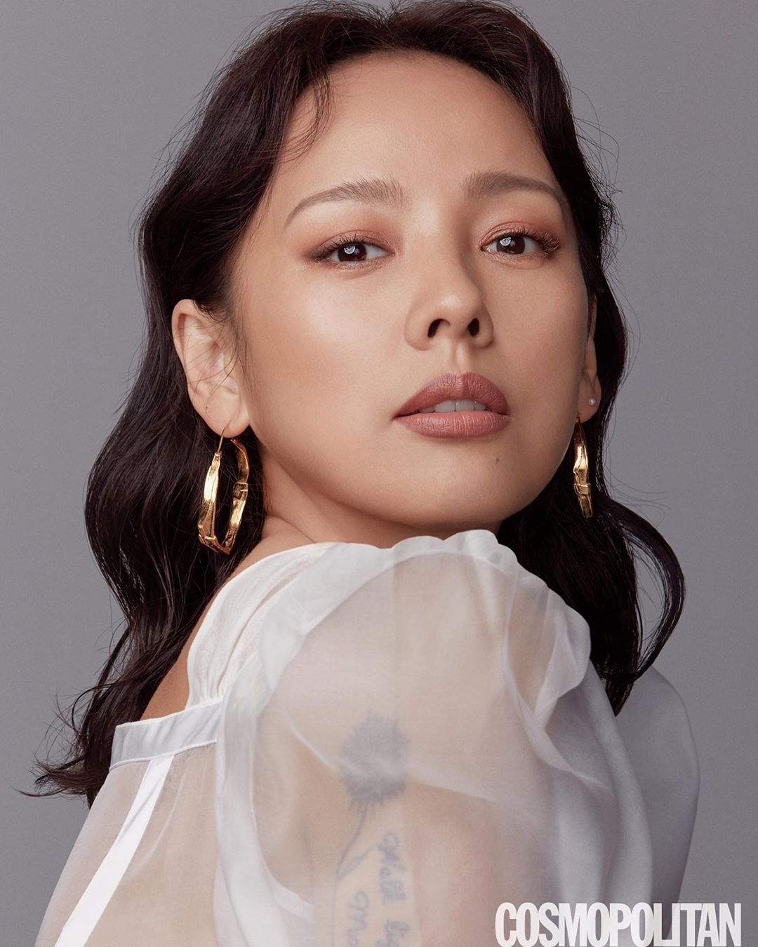 Lee Hyori Shares Thoughts On Makeup, Beauty, And Youth